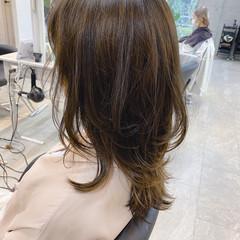 レイヤースタイル ロング 大人かわいい ナチュラル ヘアスタイルや髪型の写真・画像