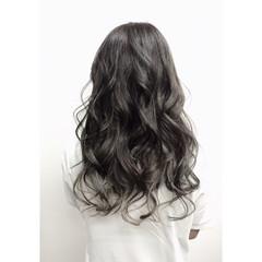 ロング フェミニン 外国人風 グラデーションカラー ヘアスタイルや髪型の写真・画像