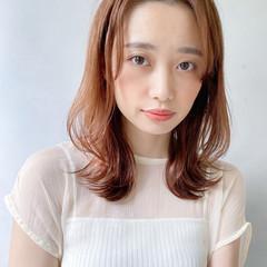 アンニュイほつれヘア 愛され 大人かわいい デート ヘアスタイルや髪型の写真・画像