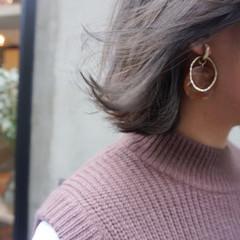 地毛風カラー ショート グレージュ 透明感カラー ヘアスタイルや髪型の写真・画像