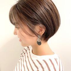 ショートヘア デート ショート 大人かわいい ヘアスタイルや髪型の写真・画像