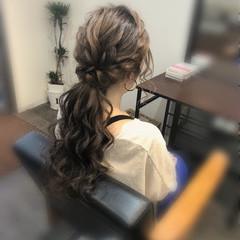 ポニーテール ローポニー ねじり ロング ヘアスタイルや髪型の写真・画像