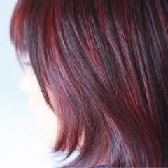 ピンク グレー ハイライト ミディアム ヘアスタイルや髪型の写真・画像