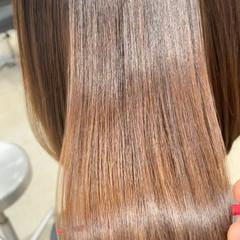 ナチュラル ボブ ブラウンベージュ ツヤ髪 ヘアスタイルや髪型の写真・画像