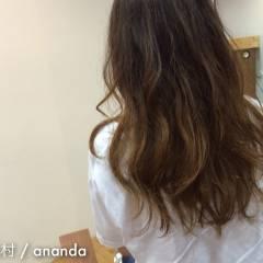 グラデーションカラー グレージュ 大人かわいい 大人女子 ヘアスタイルや髪型の写真・画像