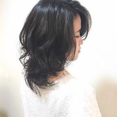 小顔 ミディアム コンサバ 黒髪 ヘアスタイルや髪型の写真・画像