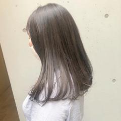 暗髪女子 グレージュ 暗髪 ナチュラル ヘアスタイルや髪型の写真・画像
