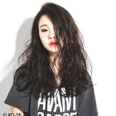 大人かわいい 大人女子 モード ロング ヘアスタイルや髪型の写真・画像