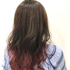 ピンク セミロング グラデーションカラー フェミニン ヘアスタイルや髪型の写真・画像