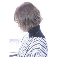 ウルフカット フリンジバング ガーリー 色気 ヘアスタイルや髪型の写真・画像