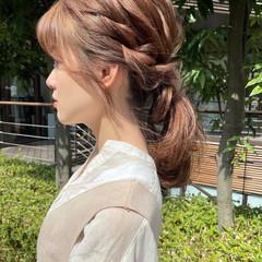 編みおろし ミディアム シースルーバング 簡単ヘアアレンジ ヘアスタイルや髪型の写真・画像