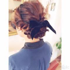 ガーリー ヘアアレンジ 編み込み ミディアム ヘアスタイルや髪型の写真・画像