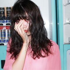ピュア ミディアム ワイドバング 黒髪 ヘアスタイルや髪型の写真・画像