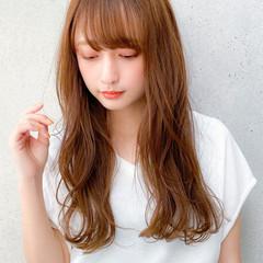 大人ロング デジタルパーマ コンサバ レイヤー ヘアスタイルや髪型の写真・画像