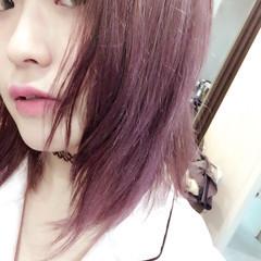 ベリーピンク ダブルカラー 外国人風カラー セミロング ヘアスタイルや髪型の写真・画像