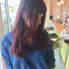 パープル ピンク グラデーションカラー ナチュラル ヘアスタイルや髪型の写真・画像