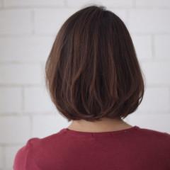 可愛い 内巻き ふんわりショート ナチュラル ヘアスタイルや髪型の写真・画像