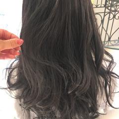 ロング モード アンニュイ 透明感 ヘアスタイルや髪型の写真・画像
