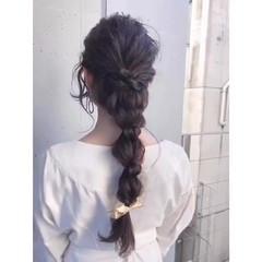 ヘアアレンジ 編みおろしヘア ナチュラル 黒髪 ヘアスタイルや髪型の写真・画像