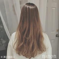 ロング グラデーションカラー 外国人風カラー ゆるふわ ヘアスタイルや髪型の写真・画像