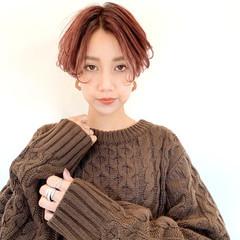 暖色 お洒落 フェミニン 秋冬スタイル ヘアスタイルや髪型の写真・画像