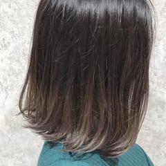 フェミニン ボブ イルミナカラー 艶髪 ヘアスタイルや髪型の写真・画像