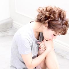 ピュア フェミニン ヘアアレンジ 簡単ヘアアレンジ ヘアスタイルや髪型の写真・画像