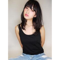 大人かわいい ゆるふわ 黒髪 セミロング ヘアスタイルや髪型の写真・画像