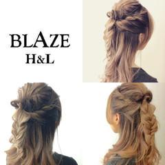 編み込み くるりんぱ ねじり ハーフアップ ヘアスタイルや髪型の写真・画像
