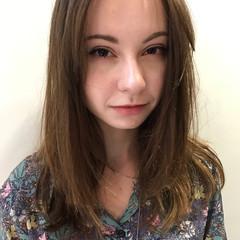 透明感 レイヤーカット デート 前髪あり ヘアスタイルや髪型の写真・画像