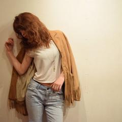 セミロング フェミニン ゆるふわ ストリート ヘアスタイルや髪型の写真・画像