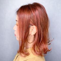 アウトドア ミニボブ 大人可愛い 切りっぱなしボブ ヘアスタイルや髪型の写真・画像