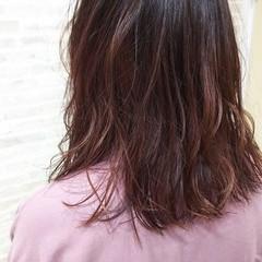 セミロング 春 ガーリー グラデーションカラー ヘアスタイルや髪型の写真・画像