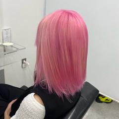 ピンク ミディアム ブリーチ フェミニン ヘアスタイルや髪型の写真・画像