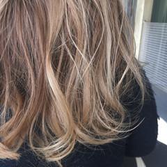 外国人風 グラデーションカラー ハイライト ストリート ヘアスタイルや髪型の写真・画像