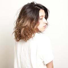 モード 前髪なし セミロング パーマ ヘアスタイルや髪型の写真・画像