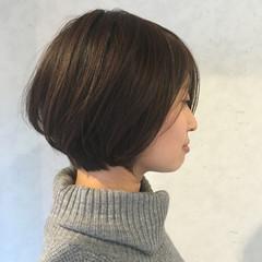大人かわいい ナチュラル アッシュ グラデーションカラー ヘアスタイルや髪型の写真・画像
