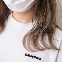 ベージュ ブリーチ ピンクベージュ ハイトーン ヘアスタイルや髪型の写真・画像