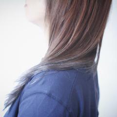 アッシュグラデーション グラデーションカラー グラデーション ロング ヘアスタイルや髪型の写真・画像