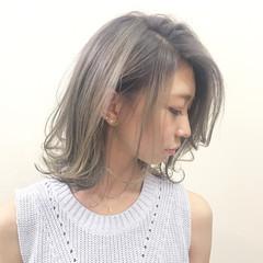 透明感 アッシュ 秋 ミルクティー ヘアスタイルや髪型の写真・画像