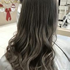 ヘアアレンジ ロング ブリーチ アッシュ ヘアスタイルや髪型の写真・画像