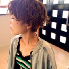 ウェーブ ショート ストリート 秋 ヘアスタイルや髪型の写真・画像