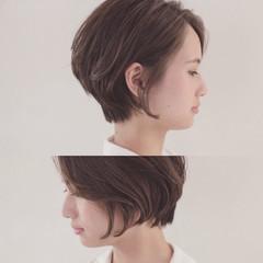 秋 ショート 透明感 グレージュ ヘアスタイルや髪型の写真・画像