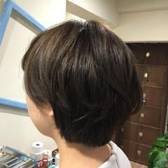 ブリーチ ナチュラル ショート アッシュ ヘアスタイルや髪型の写真・画像