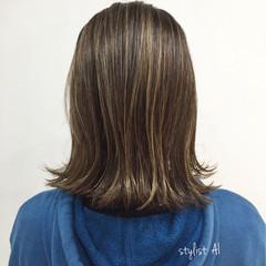 ボブ ナチュラル イルミナカラー ハイライト ヘアスタイルや髪型の写真・画像