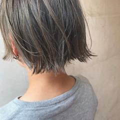 ダブルカラー ストリート ヌーディベージュ ベージュ ヘアスタイルや髪型の写真・画像