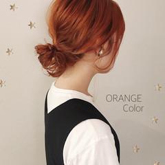 ミディアム オレンジカラー ストリート 切りっぱなし ヘアスタイルや髪型の写真・画像