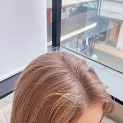 ベージュカラー 暖色 ナチュラル ミディアム ヘアスタイルや髪型の写真・画像