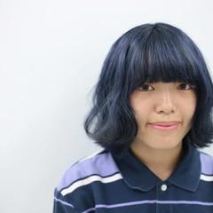 ストリート モード ブリーチ ネイビー ヘアスタイルや髪型の写真・画像