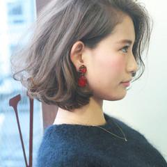 ヘアアレンジ 外ハネ 暗髪 ナチュラル ヘアスタイルや髪型の写真・画像